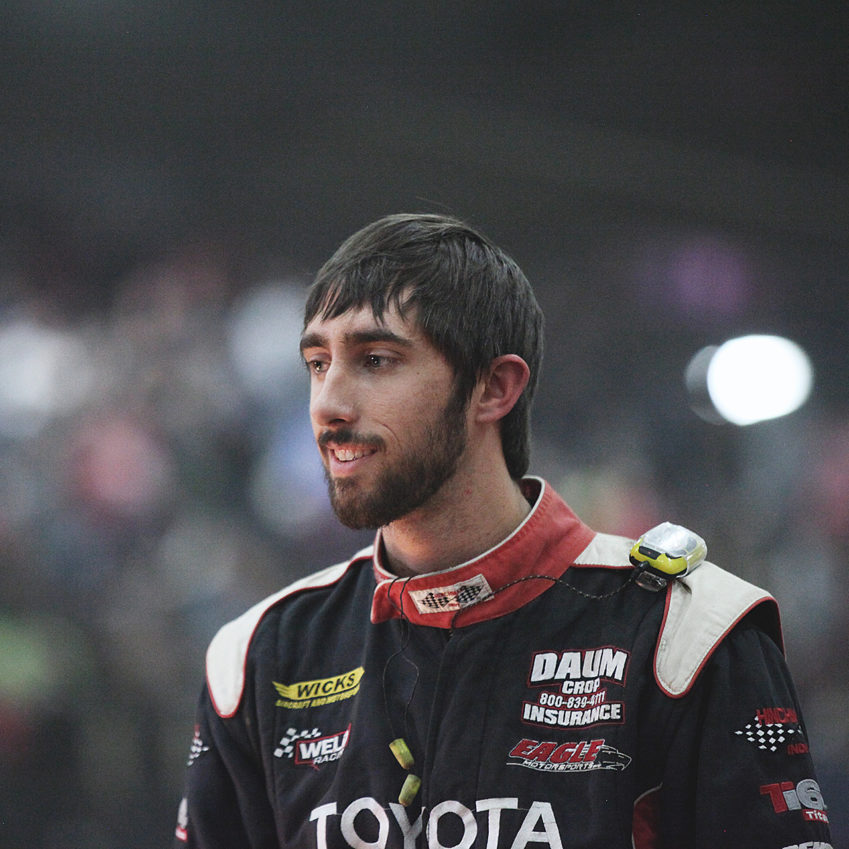 Zach Daum turned in a memorable performance coming home 3rd in The 2016 Chili Bowl. ( Jeffrey Turford / TDP )