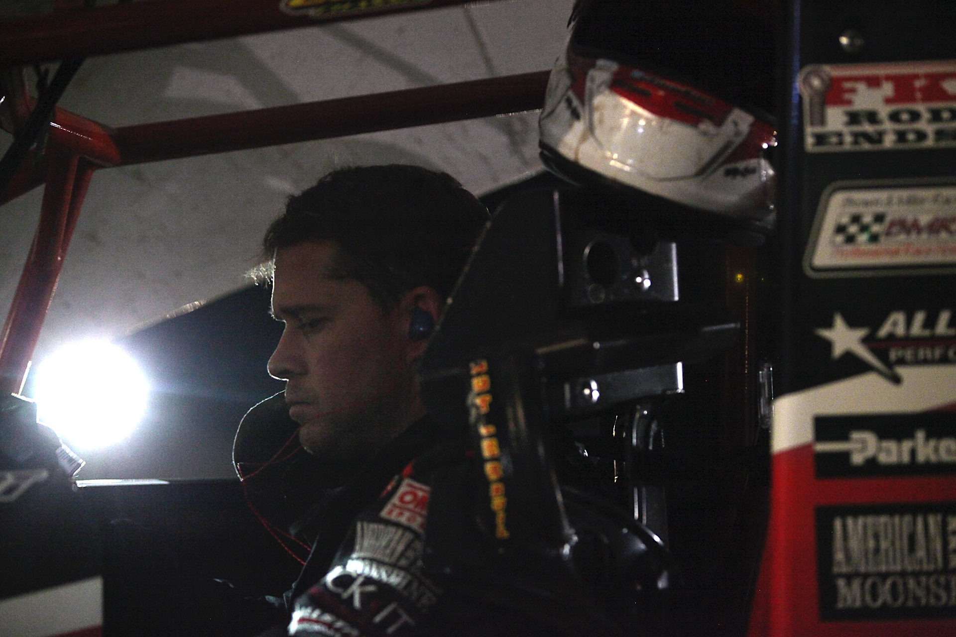Shane Stewart mentally prepares for the A Main at Volusia, Florida.( Jeffrey Turford / TDP )