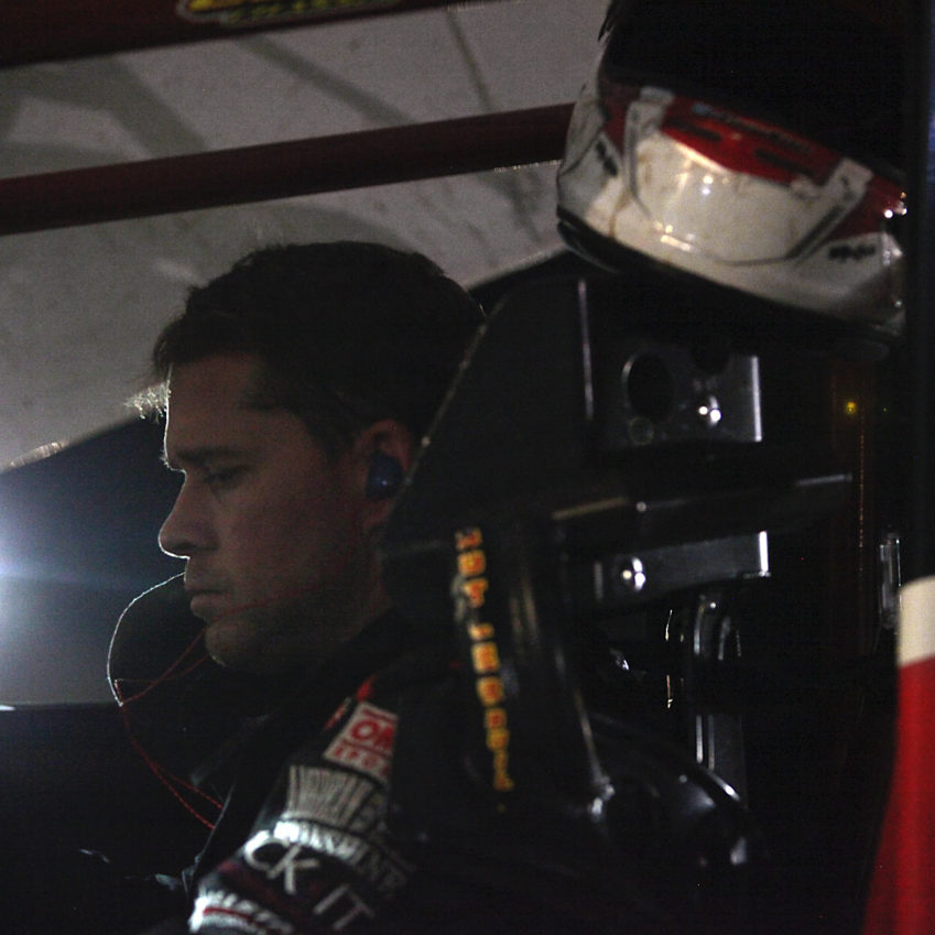 Shane Stewart mentally prepares for the A Main at Volusia, Florida.( Jeffrey Turford / TDP )