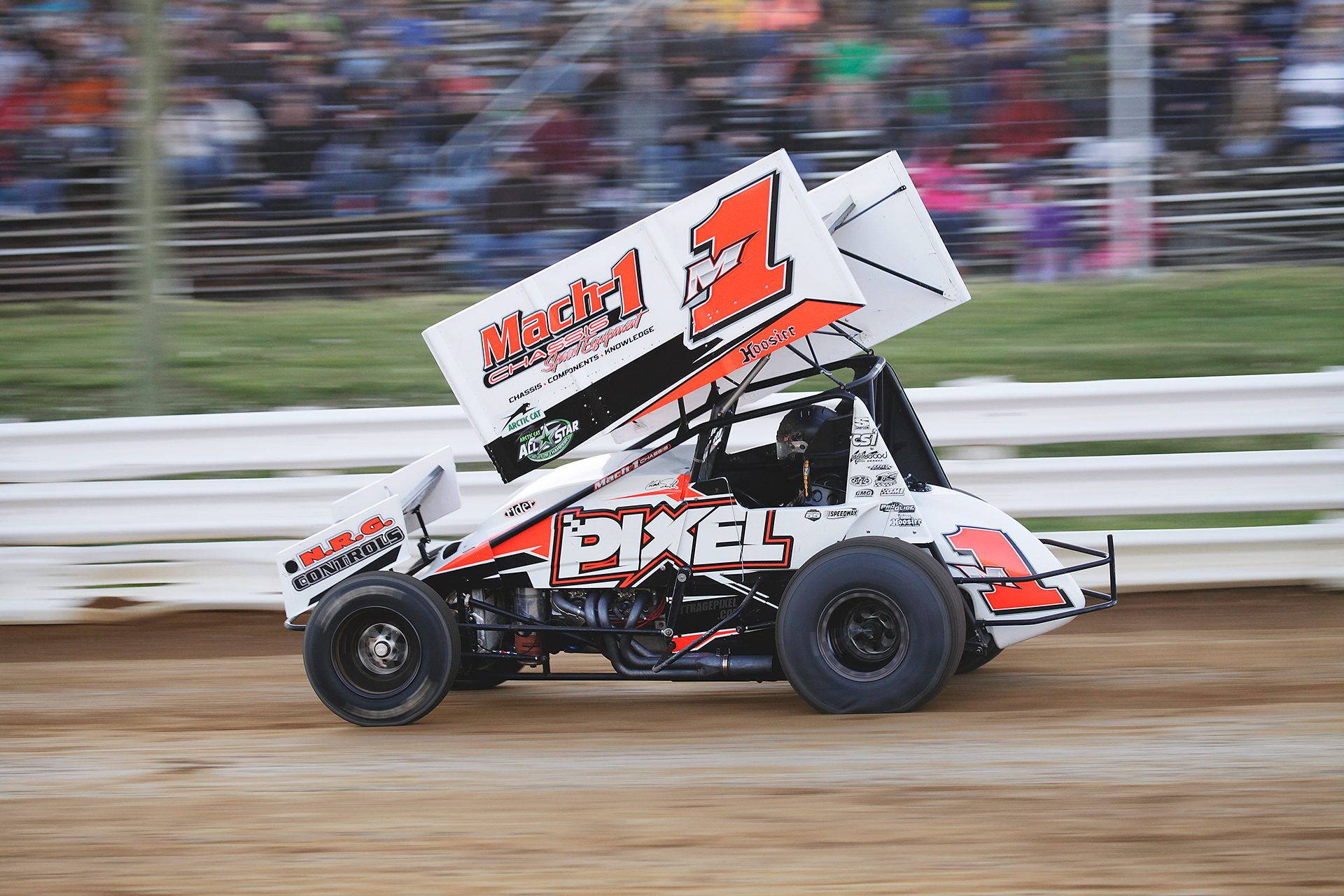 M1 driver; Mark Smith charges hard into turn 1 at Selinsgrove Speedway in 2016. He would later finish 3rd in the Feature that evening. ( Jeffrey Turford / TDP )