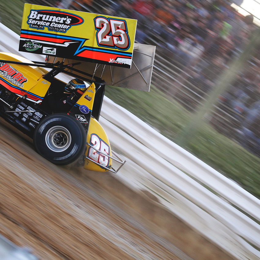 Pennsylvania native; Aaron Ott flies down the frontstretch at Selinsgrove Speedway in PA during heats. Aaron would later finish 13th in the Feature. ( Jeffrey Turford / TDP )