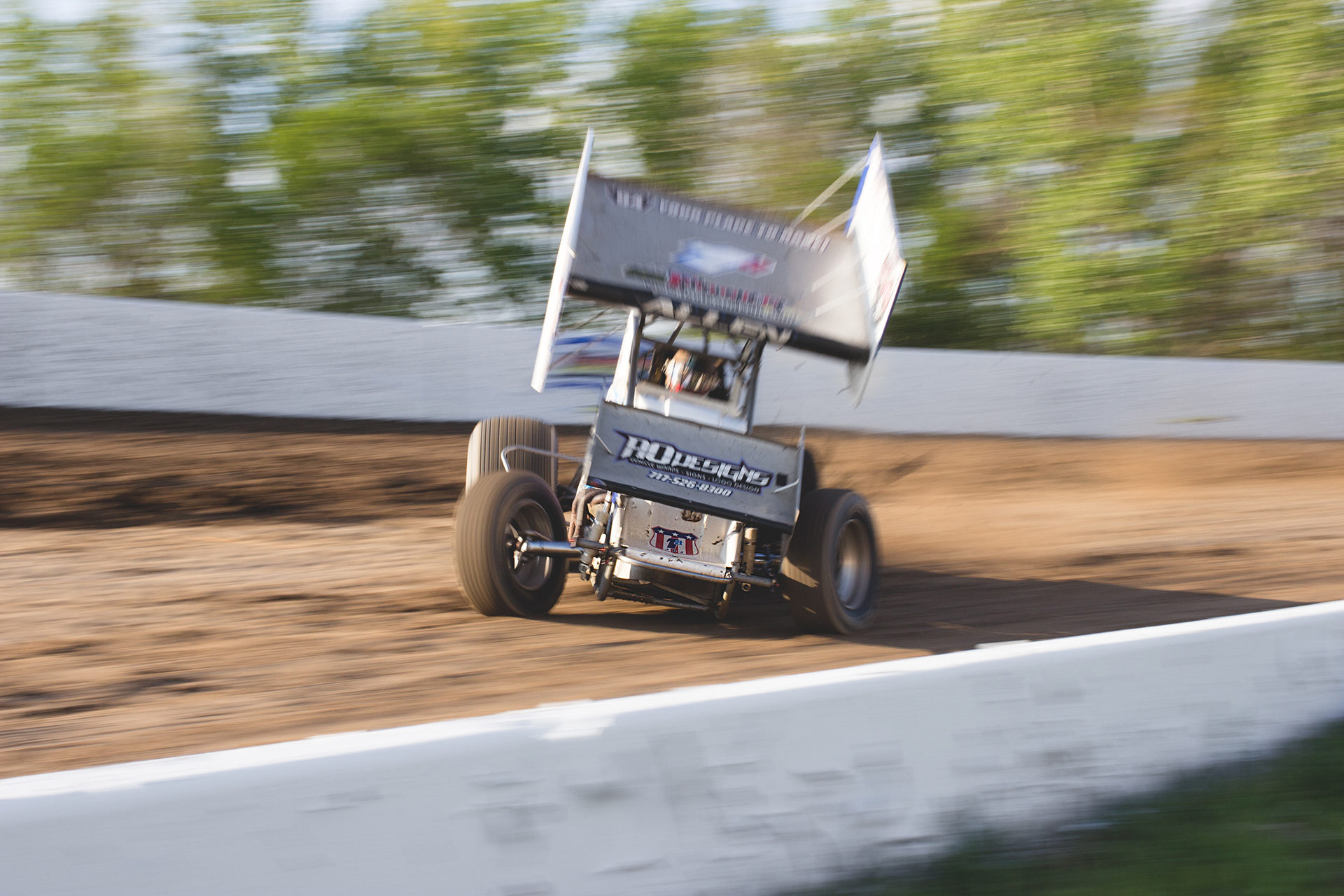 Jacob Allen qualified 10th fastest and placed 6th in his heat to qualify for The World of Outlaws main event at Weedsport Speedway, NY. ( Jeffrey Turford / TDP )