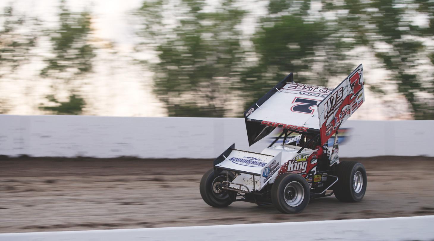 Jason Sides on the hammer through turn 3 at Weedsport Speedway. (Jeffrey Turford / TDP)
