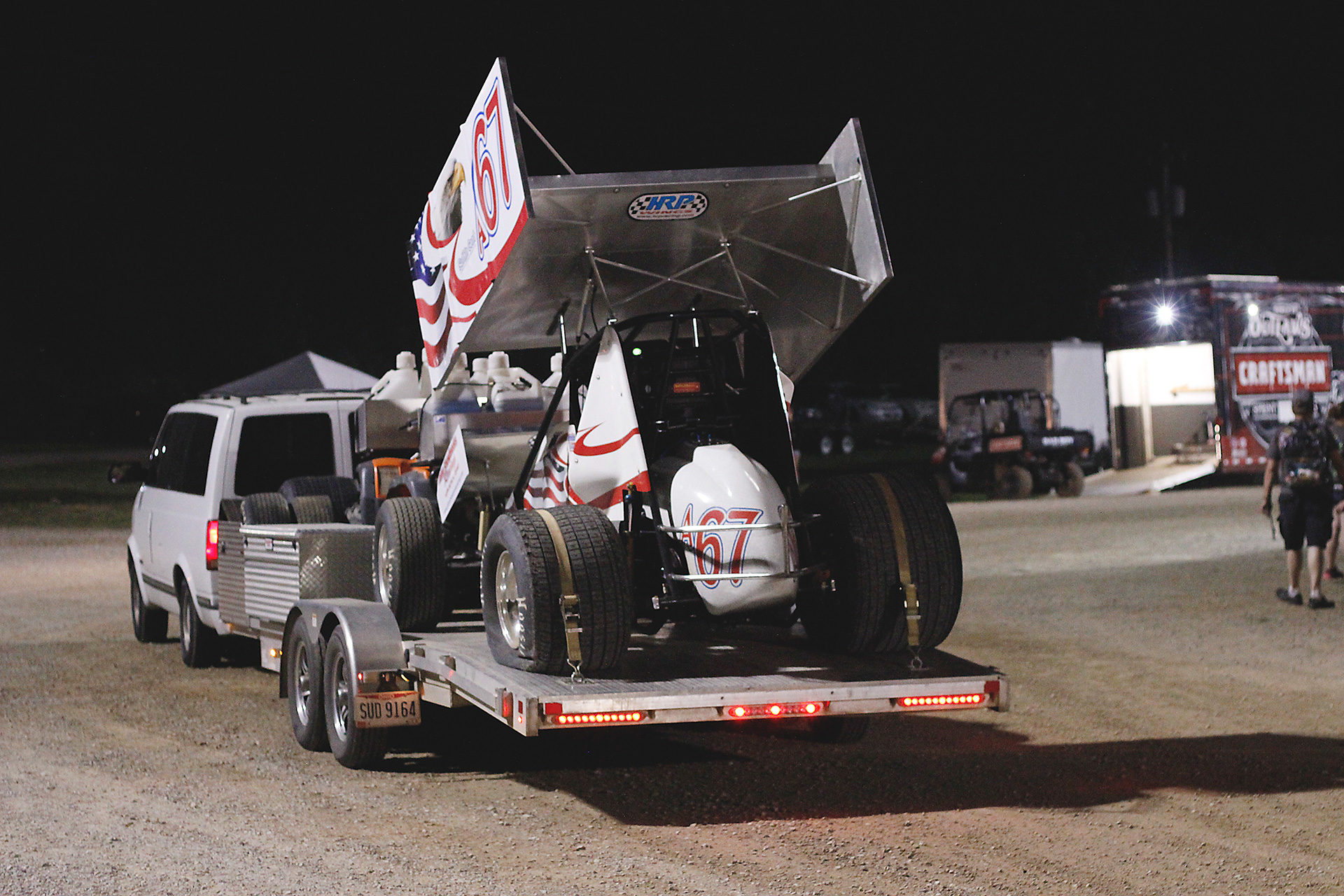 Brandon Wimmer climbed his way from 19th to finish 12th in The World of Outlaws A Feature at Lawrenceburg. ( Jeffrey Turford / TDP )