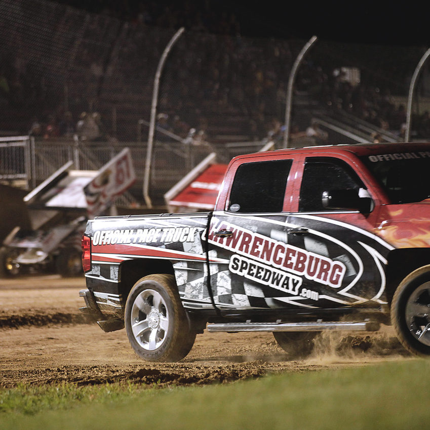 The Lawrenceburg Speedway Official Pace Truck pulls into the in field as the Outlaws prepare to go green. ( Jeffrey Turford / TDP )
