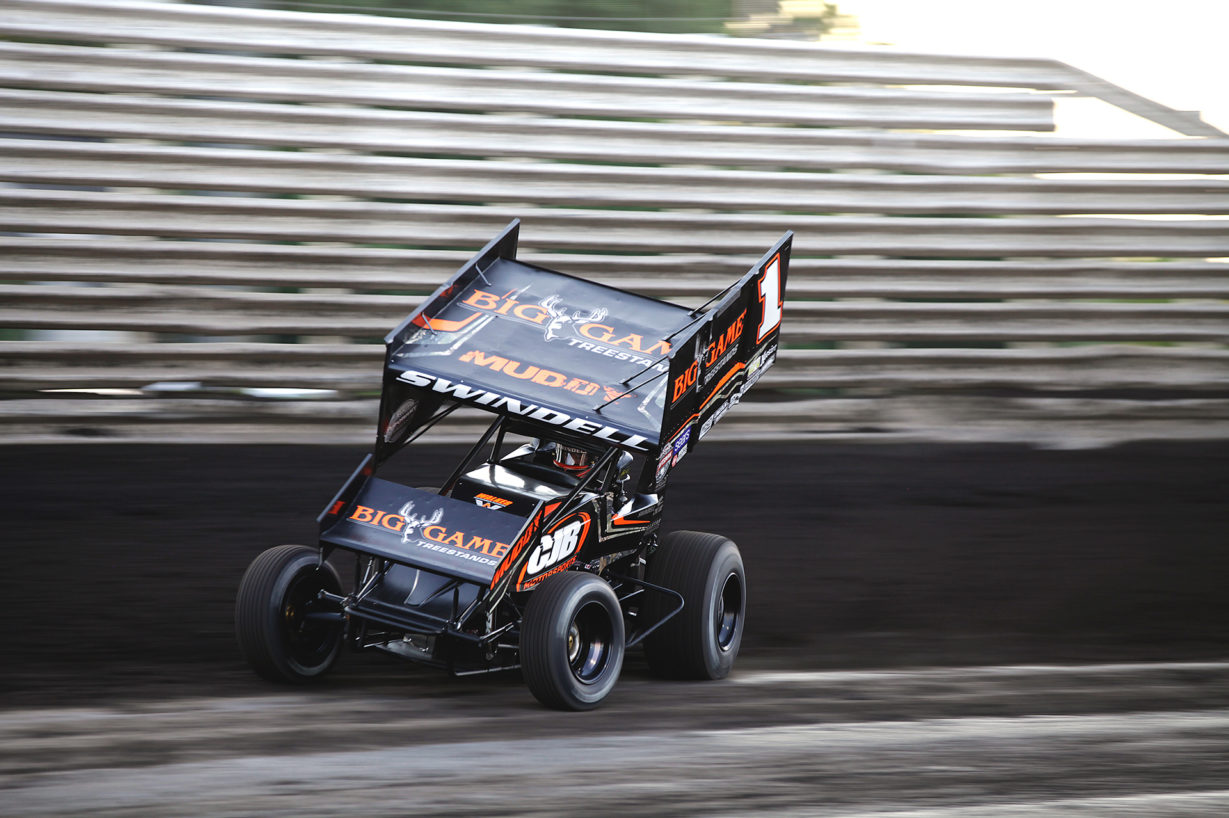Sammy Swindell qualified 7th fastest and finished the feature 12th on Friday with The World of Outlaws at Knoxville Raceway. ( Jeffrey Turford / TDP )