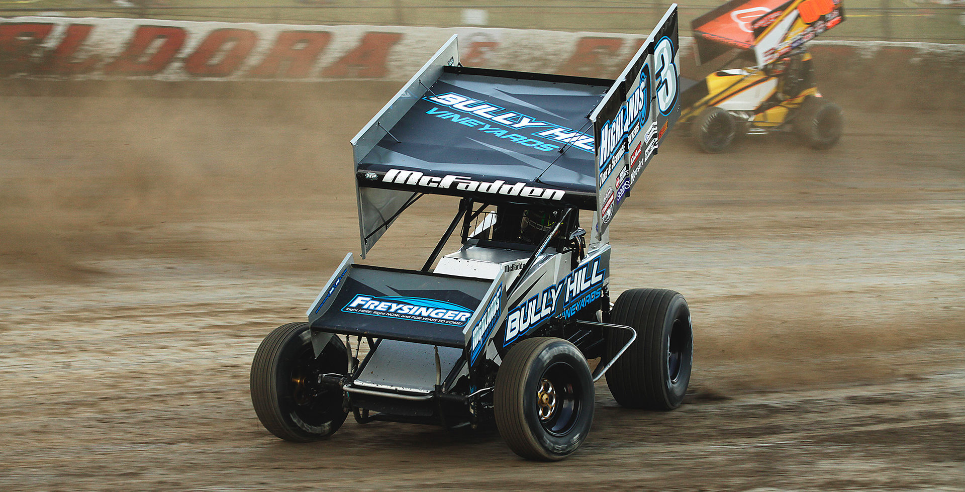 James McFadden jostles for position at The 33rd Annual Kings Royal. Unfortunately McFadden missed the final transfer spot by one, in both his heat and the Last Chance Showdown at The 2016 Kings Royal. ( Jeffrey Turford / TDP )