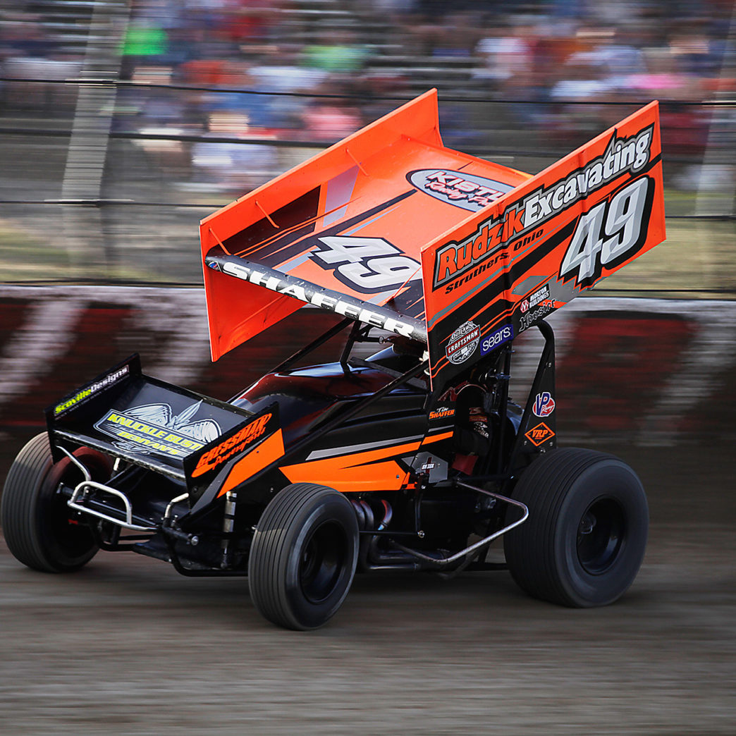 Tim Shaffer qualifying at The 33rd Annual Kings Royal. Shaffer made the A Feature on each of the 3 nights and secured a 13th place finish the night of The Kings Royal. ( Jeffrey Turford / TDP )