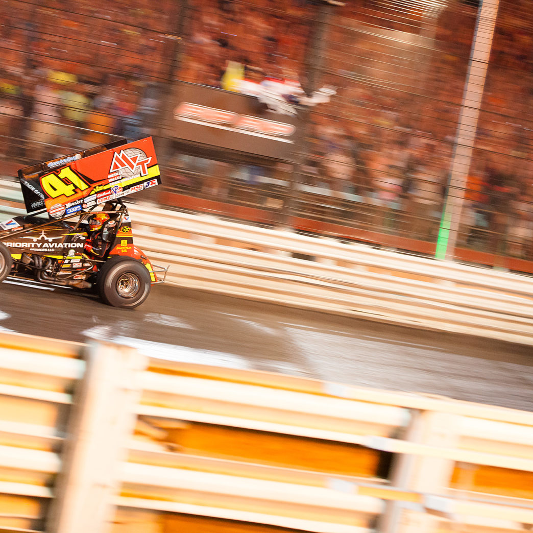 Jason Johnson crossing the line to win The 2016 Knoxville Nationals. ( Jeffrey Turford / TDP )