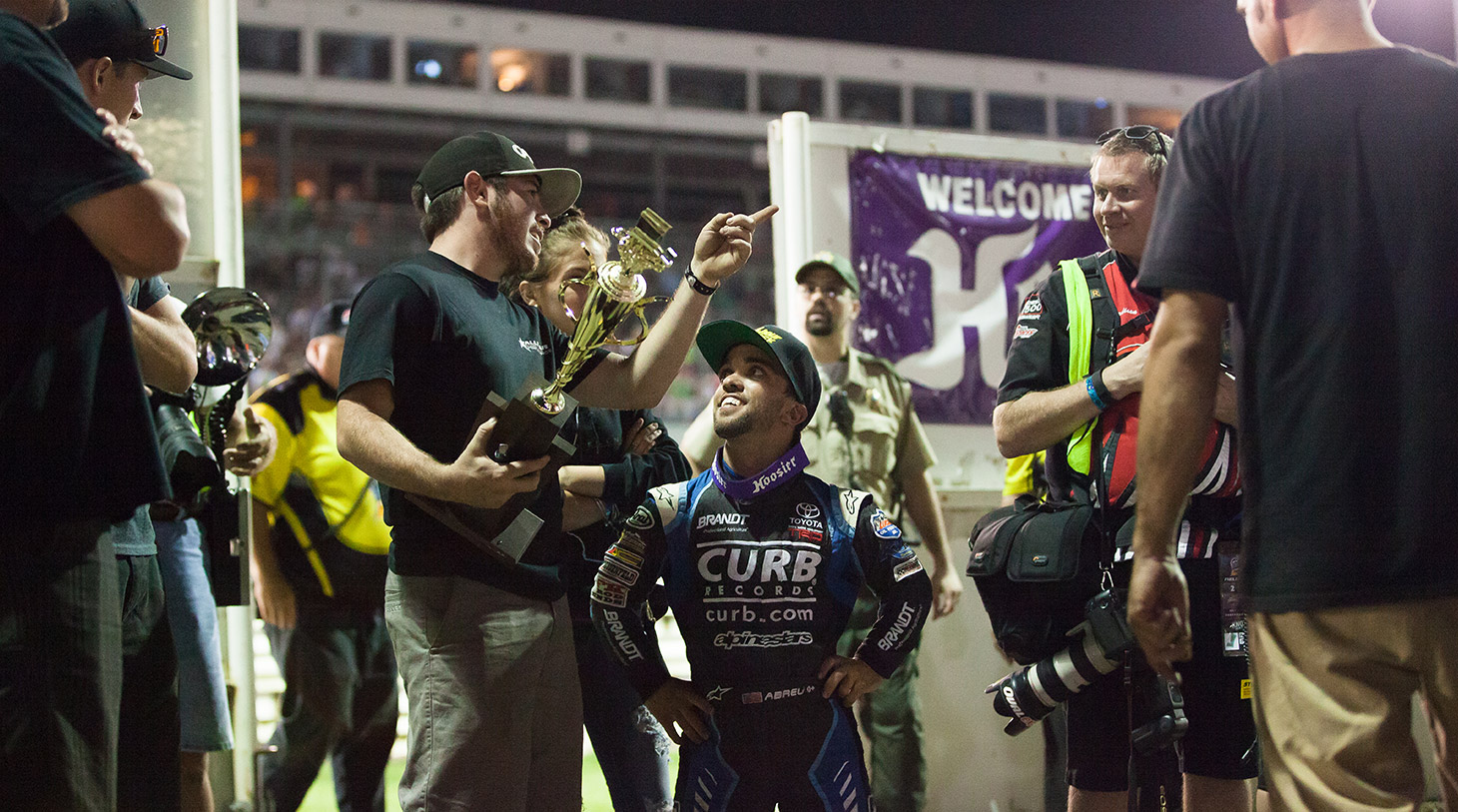 Rico Abreu wins the A Main on night 3 of The 2016 Knoxville Nationals. (Jeffrey Turford / TDP)