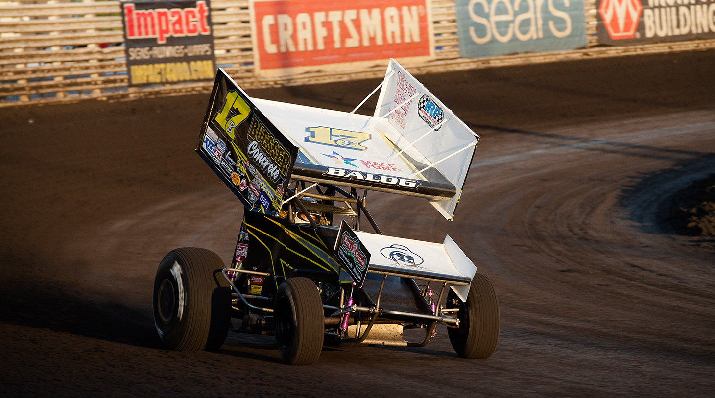 Billy Balog coming out of turn 2 during his qualifying run at the Knoxville Raceway. (Jeffrey Turford / TDP)