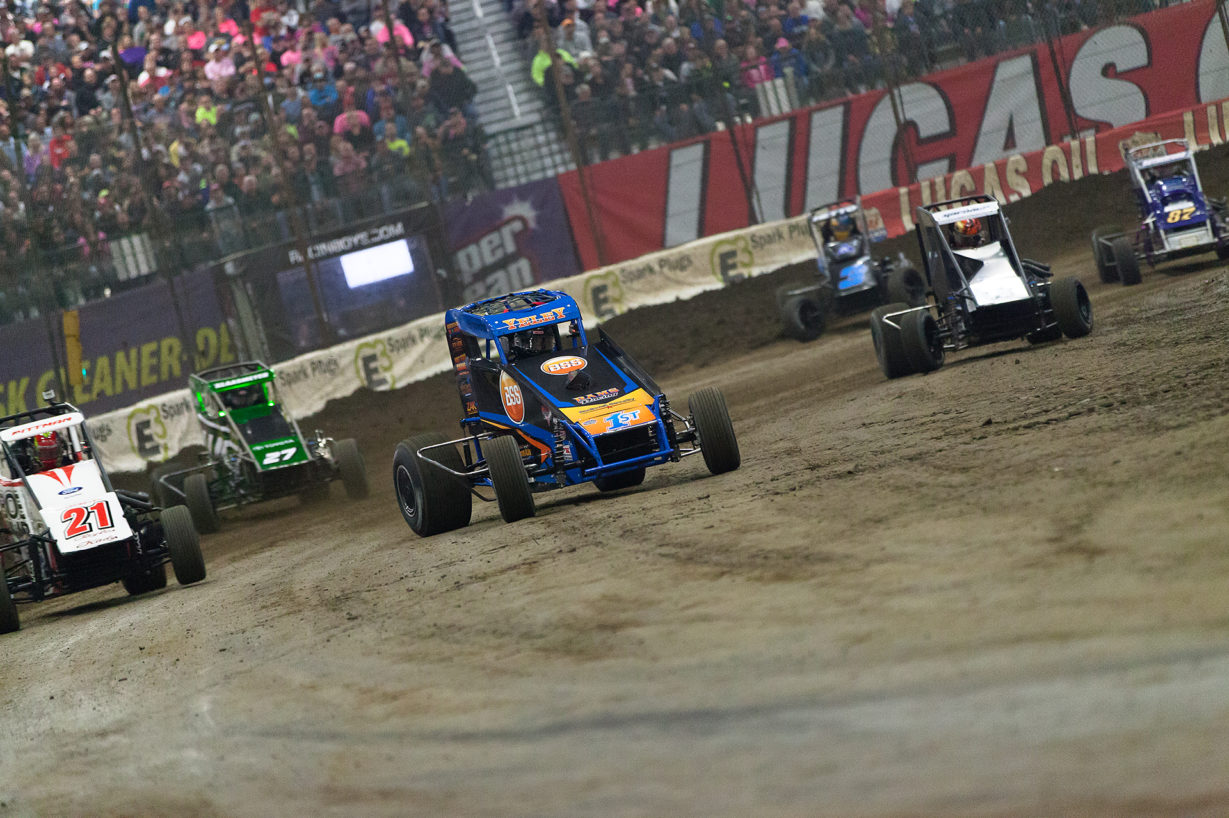 J.J. Yeley leading the field at The 2017 Chili Bowl