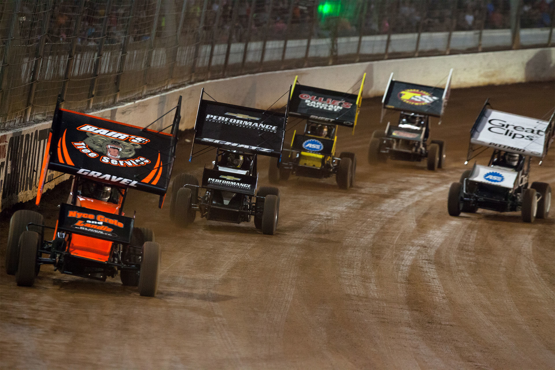 Heat race action during the 2016 World Finals at The Dirt Track at Charlotte Motor Speedway ( Jeffrey Turford / TDP )