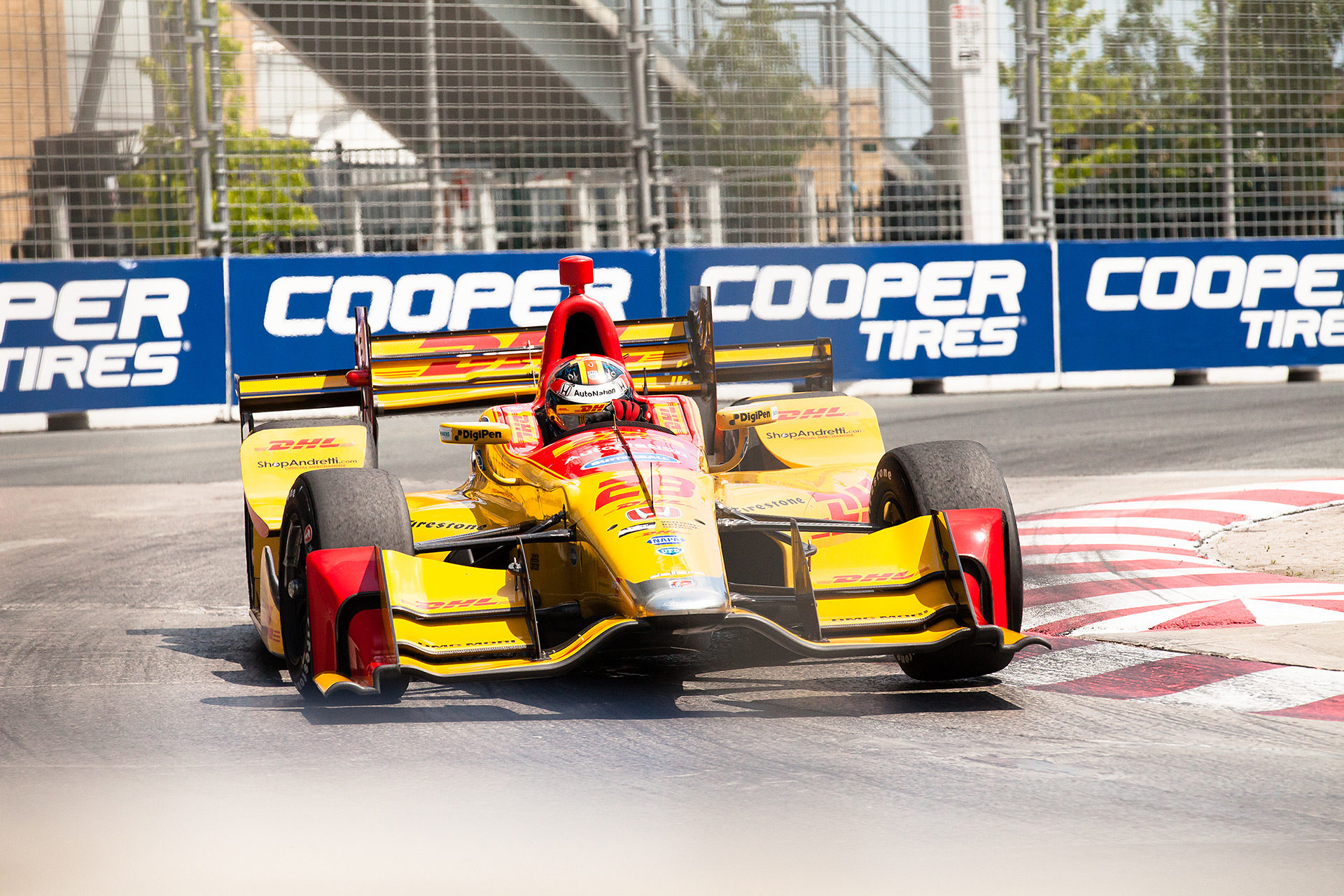 July 15, 2017 - Toronto, ON - DHL Honda driver, Ryan Hunter-Reay (28) powers through turn 5 on Saturday during qualifying for the Honda Indy. Hunter-Reay qualified 16th fastest. ( Jeffrey Turford / TDP )